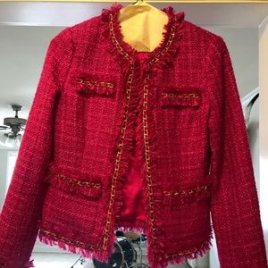 Beautiful fuchsia tweed blazer